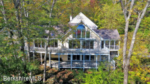 281 William Holmes Rd, Becket, MA 01223