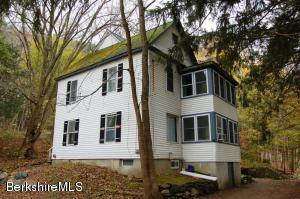 328 Park St, Great Barrington, MA 01230