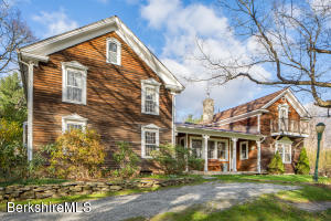 413 Surriner Rd, Becket, MA 01223