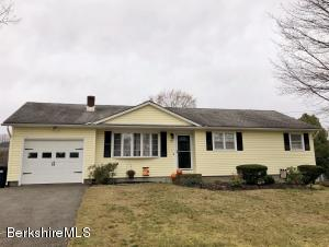 99 Lucia Dr, Pittsfield, MA 01201