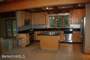 289 CHANTERWOOD RD, LEE, MA 01238  Photo