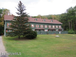 Unit 8 360 Park, Great Barrington, MA 01230