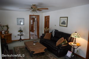 98 HENRY DR, HINSDALE, MA 01235  Photo