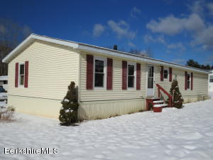 17 Iroquois Dr, North Adams, MA 01247