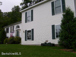 416 Notch, North Adams, MA 01247