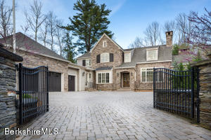 1 PINECROFT DR, LENOX, MA 01240  Photo