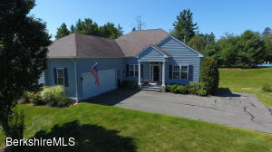 195 PINE CONE LN, HINSDALE, MA 01235  Photo