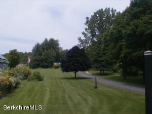 455 MAPLE ST, HINSDALE, MA 01235  Photo