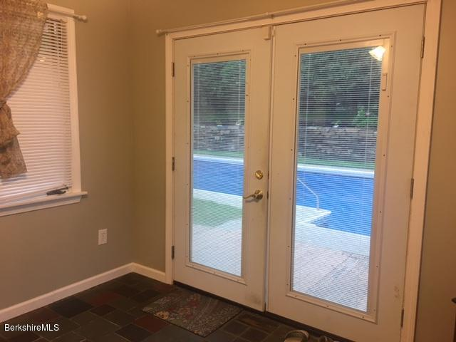 porch to pool