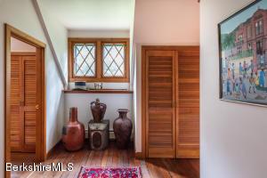 236 KEMBLE ST, LENOX, MA 01240  Photo