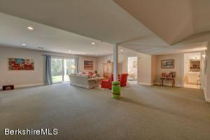 270 PINE CONE LN, HINSDALE, MA 01235  Photo