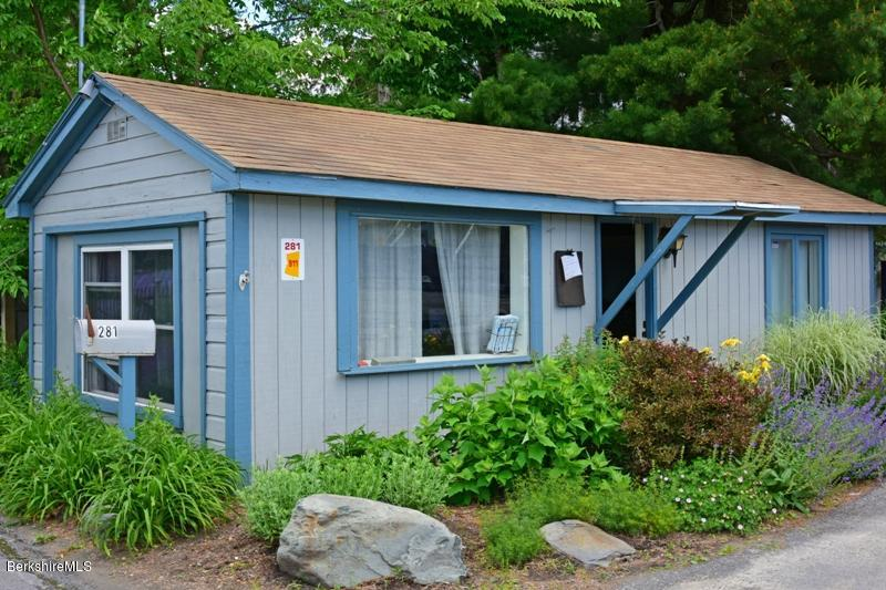 Property located at 281 Lakeview Rd Craryville NY 12521 photo