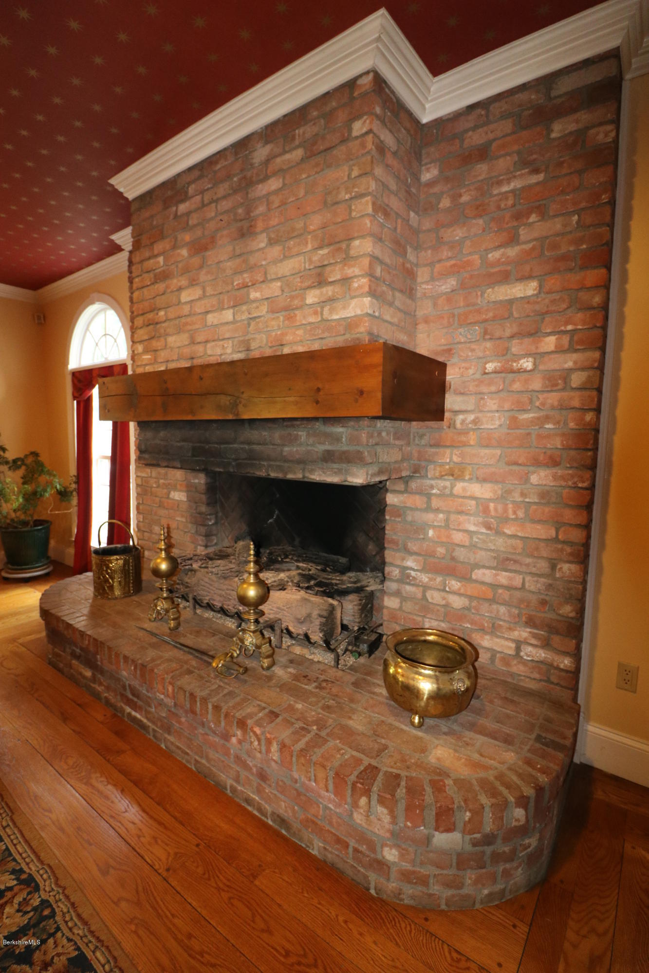Property located at 350 Maple Ave Great Barrington MA 01230 photo