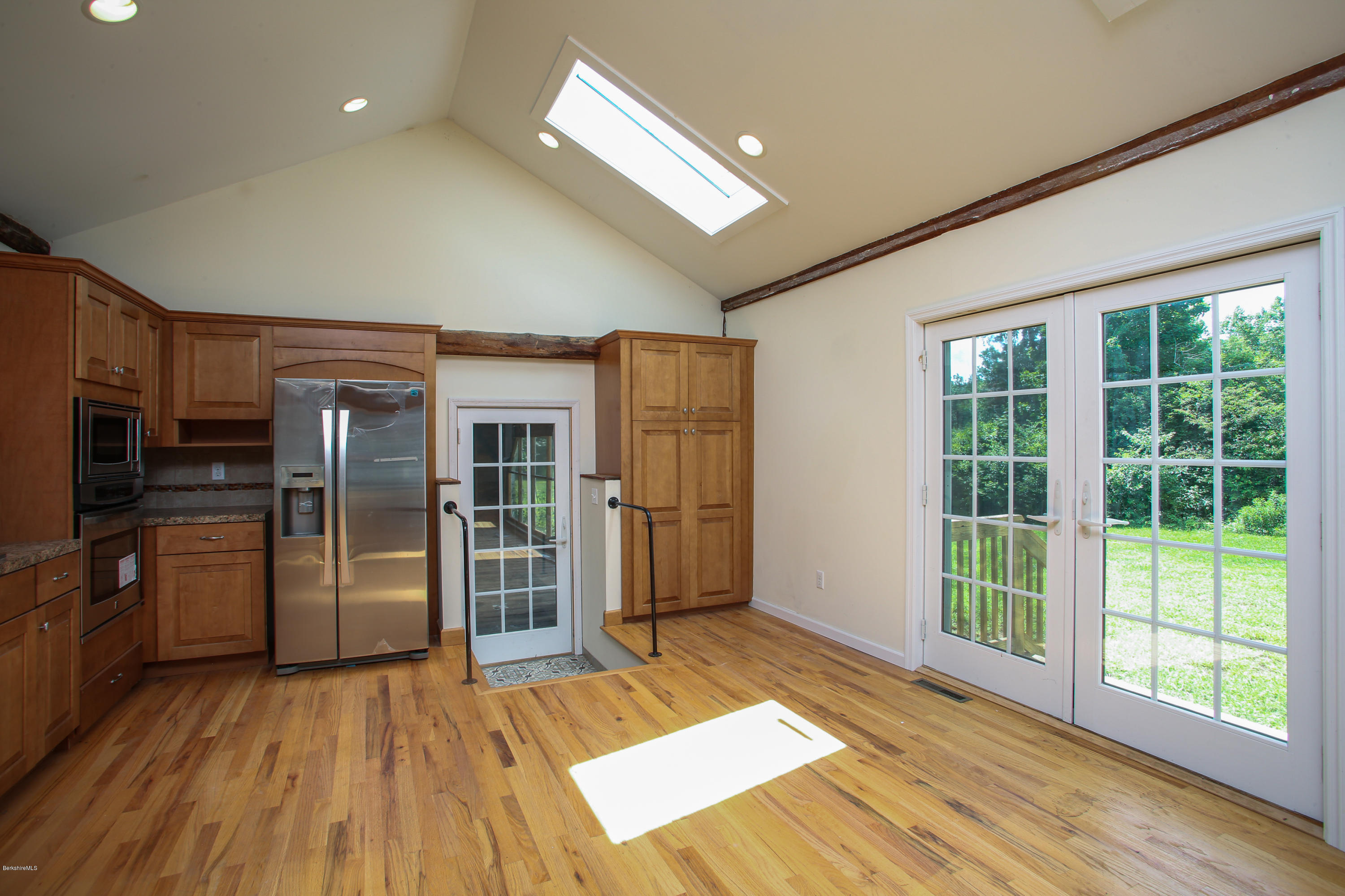 Property located at 3 Sandisfield Rd Sandisfield MA 01255 photo
