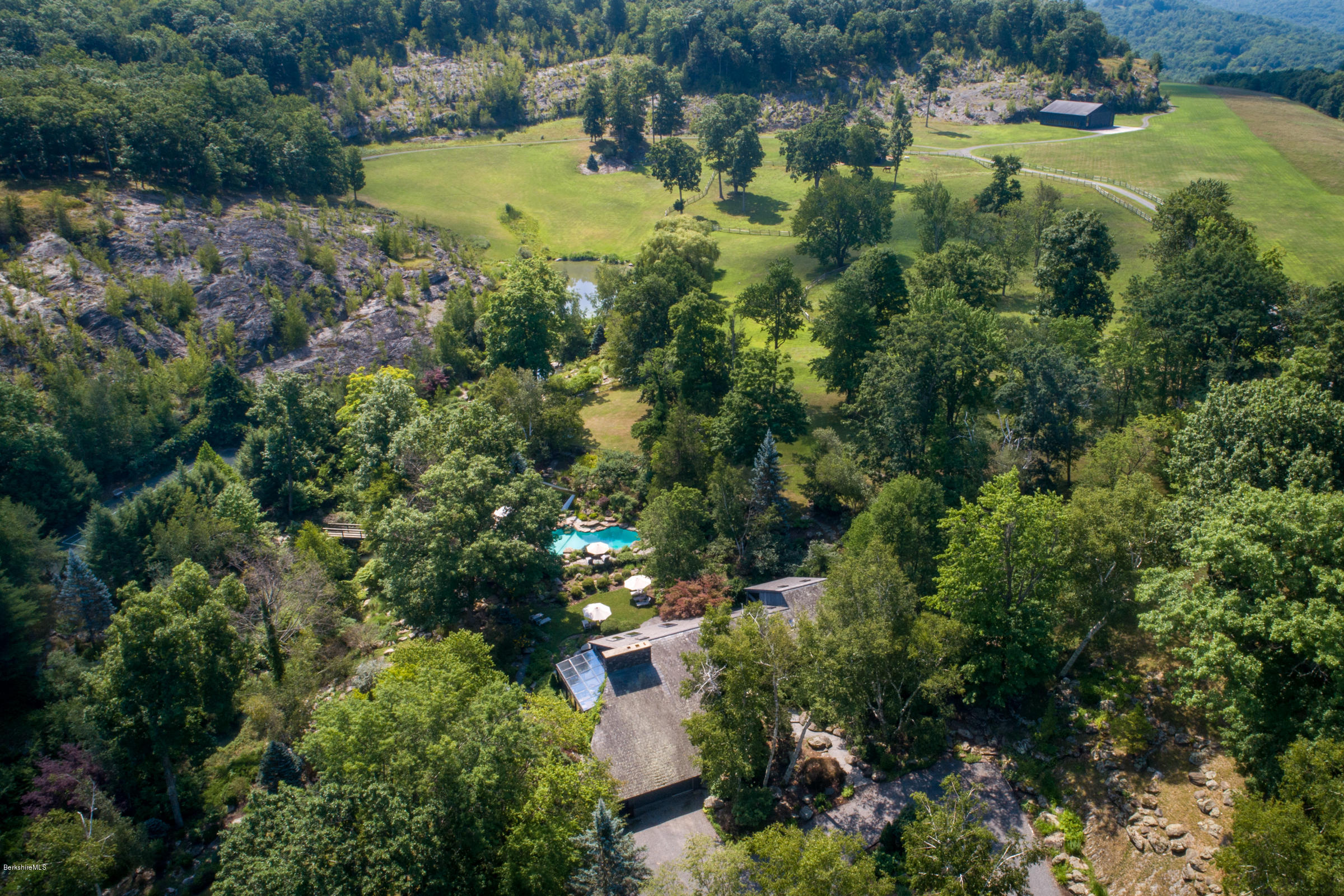 Property located at 181 Golf Course Rd Craryville NY 12521 photo
