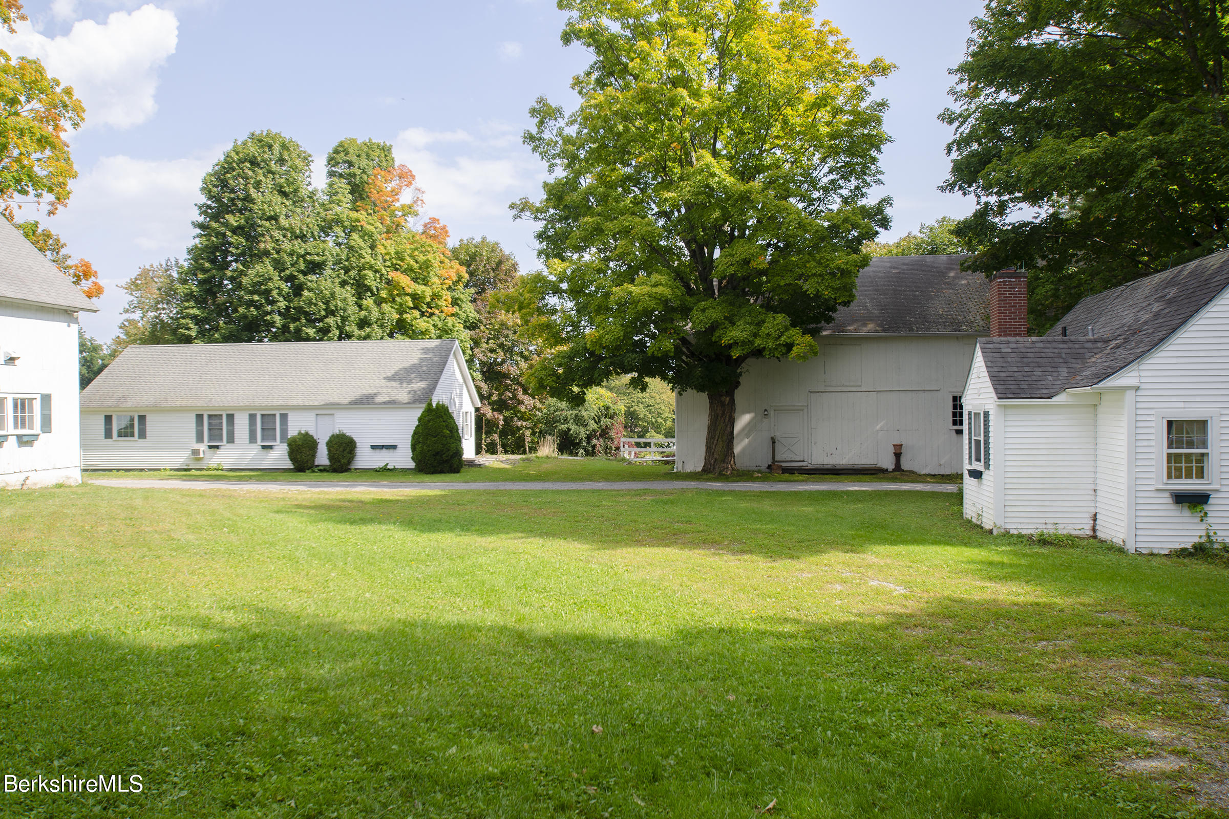 Property located at 802 State Rd Richmond MA 01254 photo
