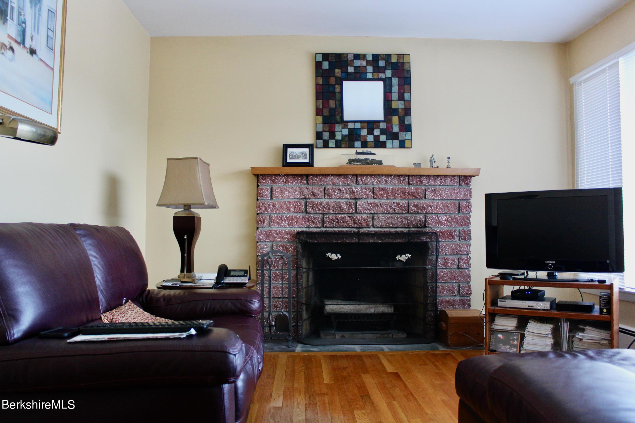Property located at 21 Temple Rd New Lebanon NY 12125 photo