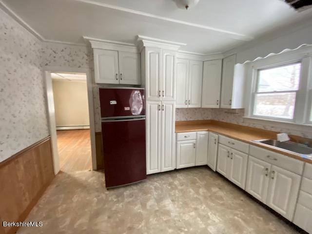 Property located at 1554 North St Pittsfield MA 01201 photo