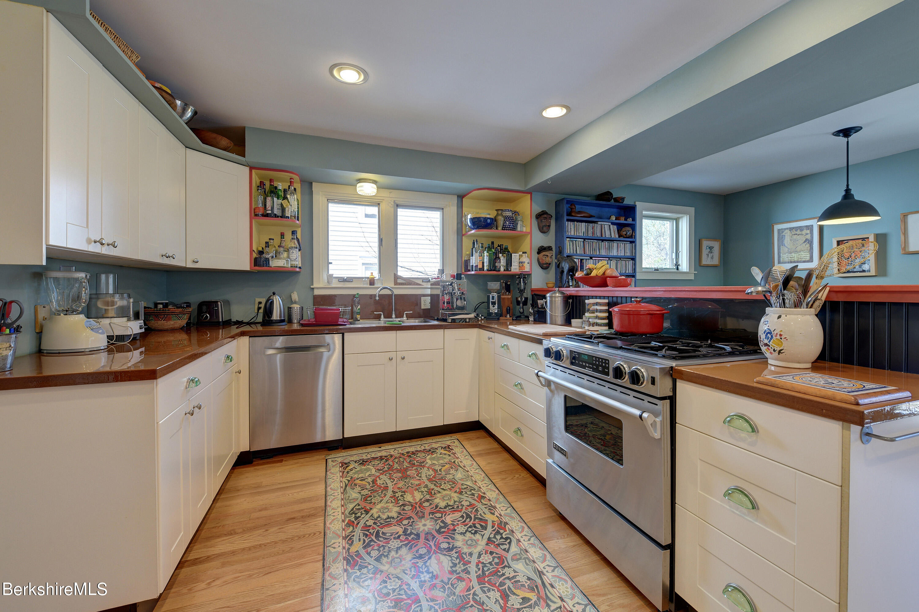Property located at 86 Linden St Williamstown MA 01267 photo