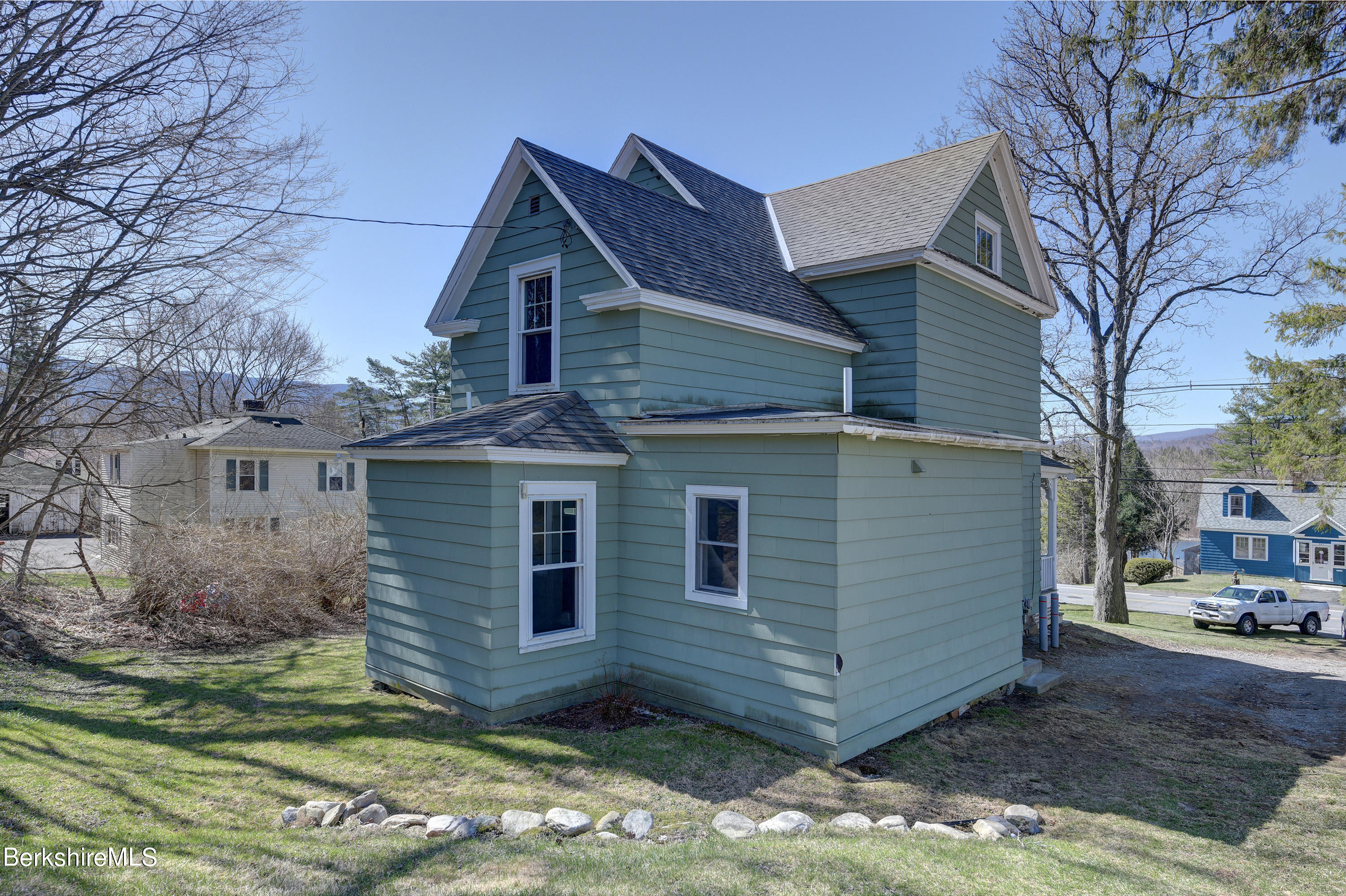 Property located at 942 Hoosac Rd Williamstown MA 01267 photo