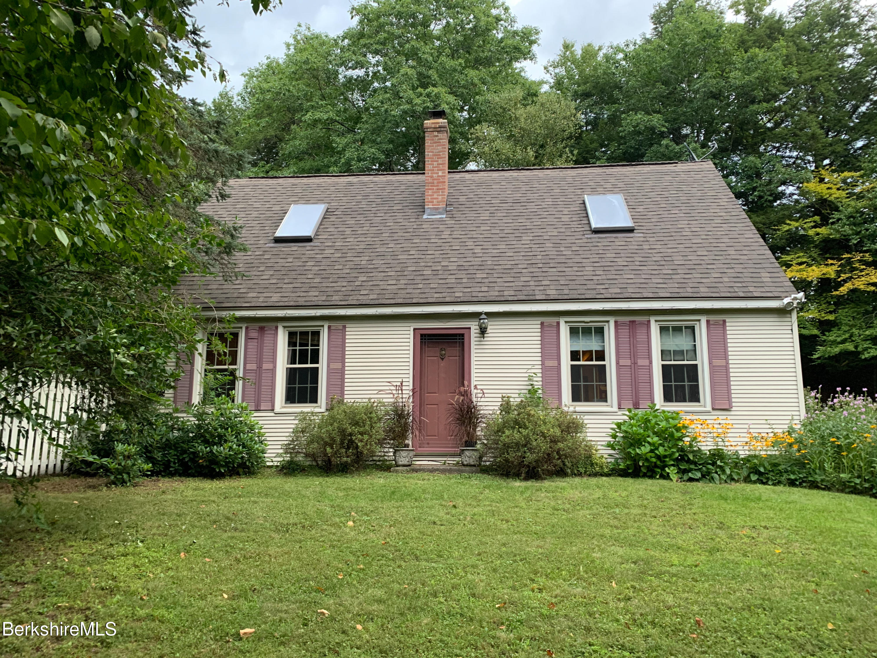Property located at 72 Lower Hemlock Way Stephentown NY 12168 photo