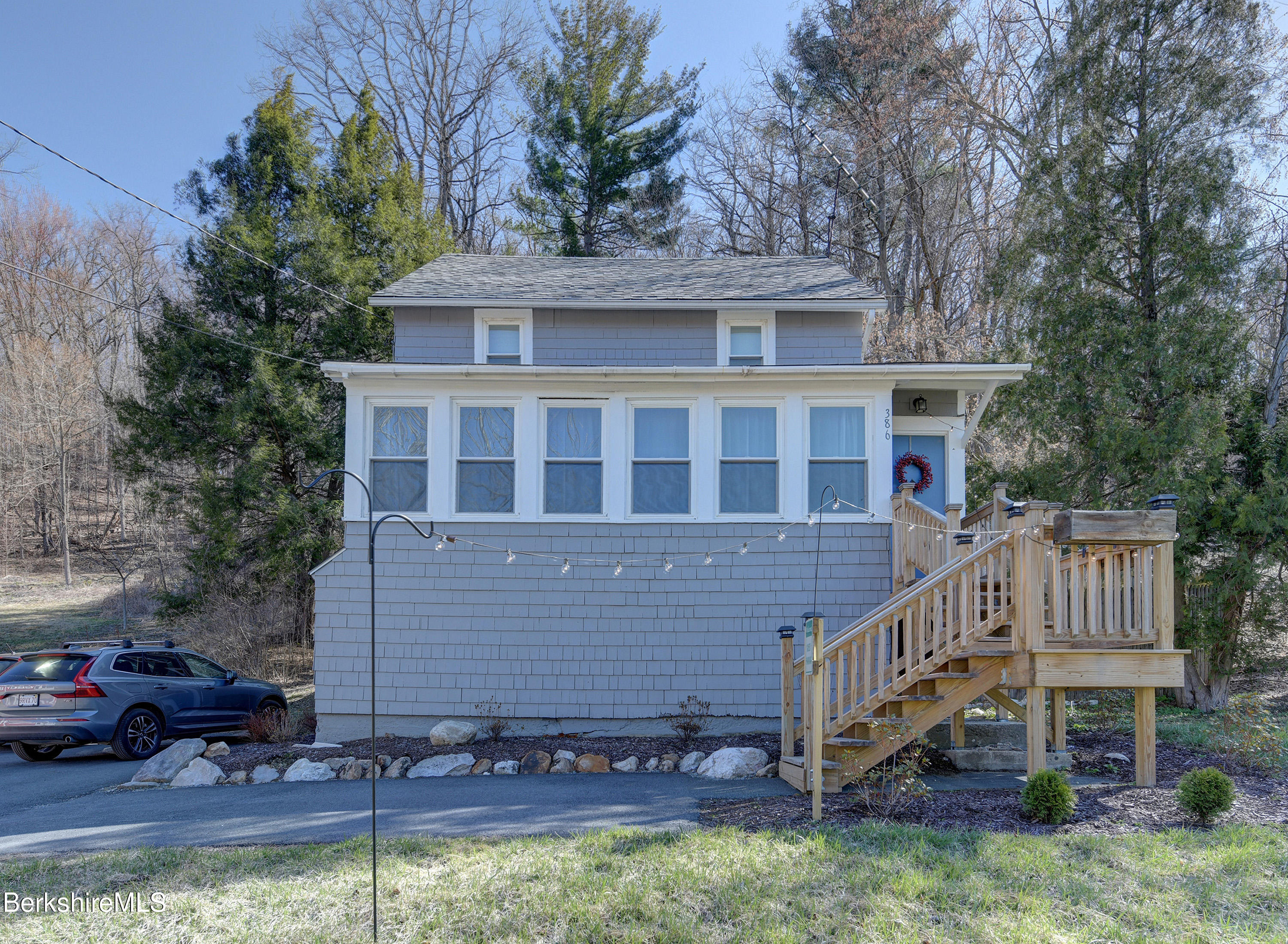 386 Hoosac Rd Williamstown MA 01267