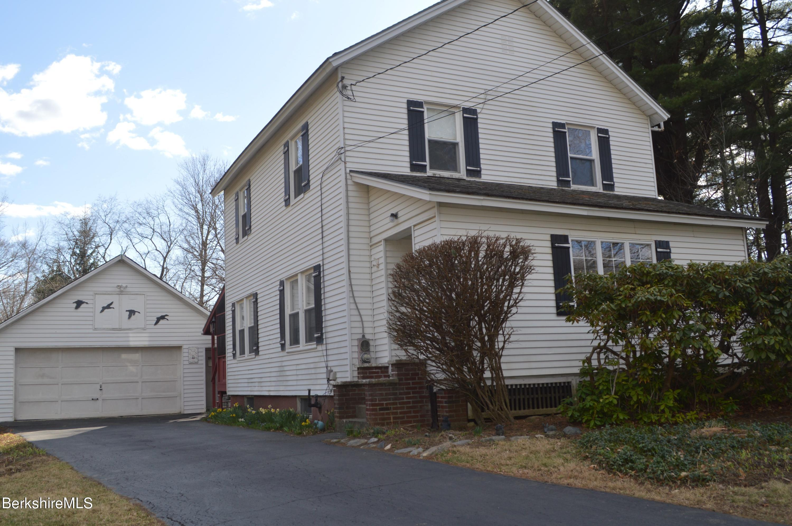 58 Woodleigh Rd Pittsfield MA 01201