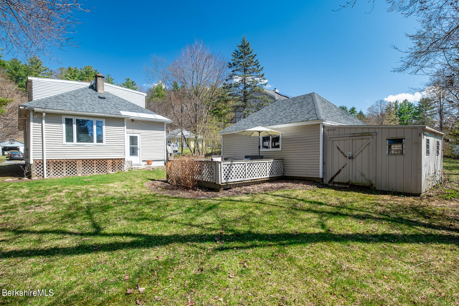 Property located at 17 May St Williamstown MA 01267 photo