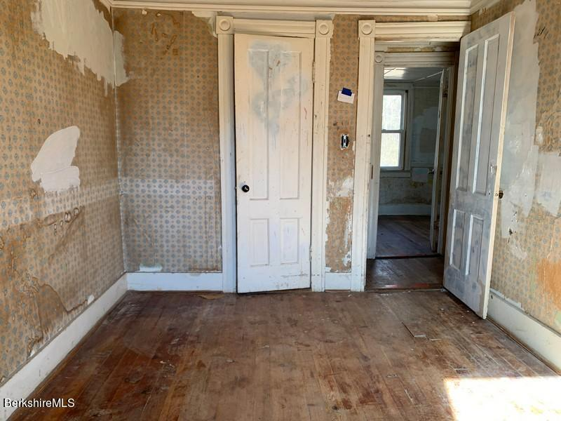 Property located at 189 King St Pittsfield MA 01201 photo