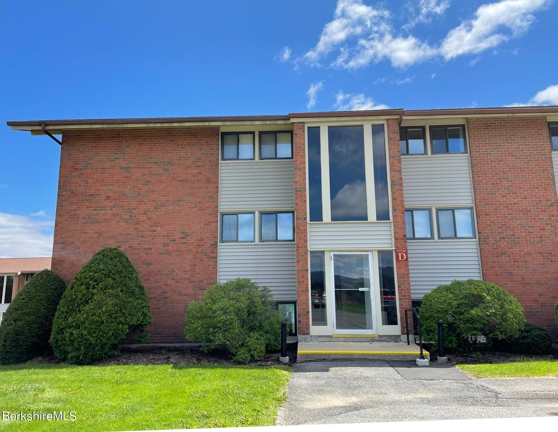 Property located at 189 Stratton Rd.  D-3 Williamstown MA 01267 photo