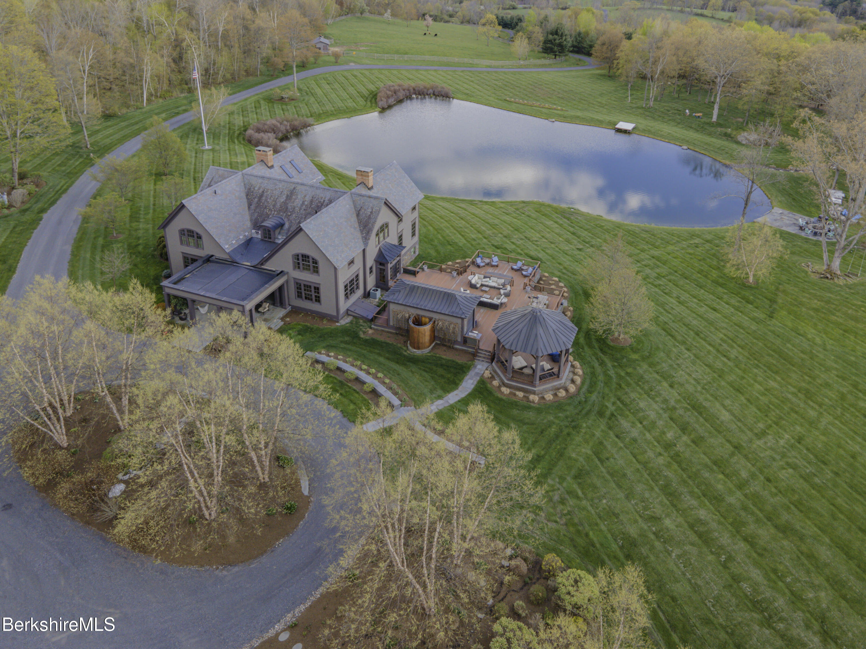 Property located at 199 Dawson Rd Hillsdale NY 12529 photo