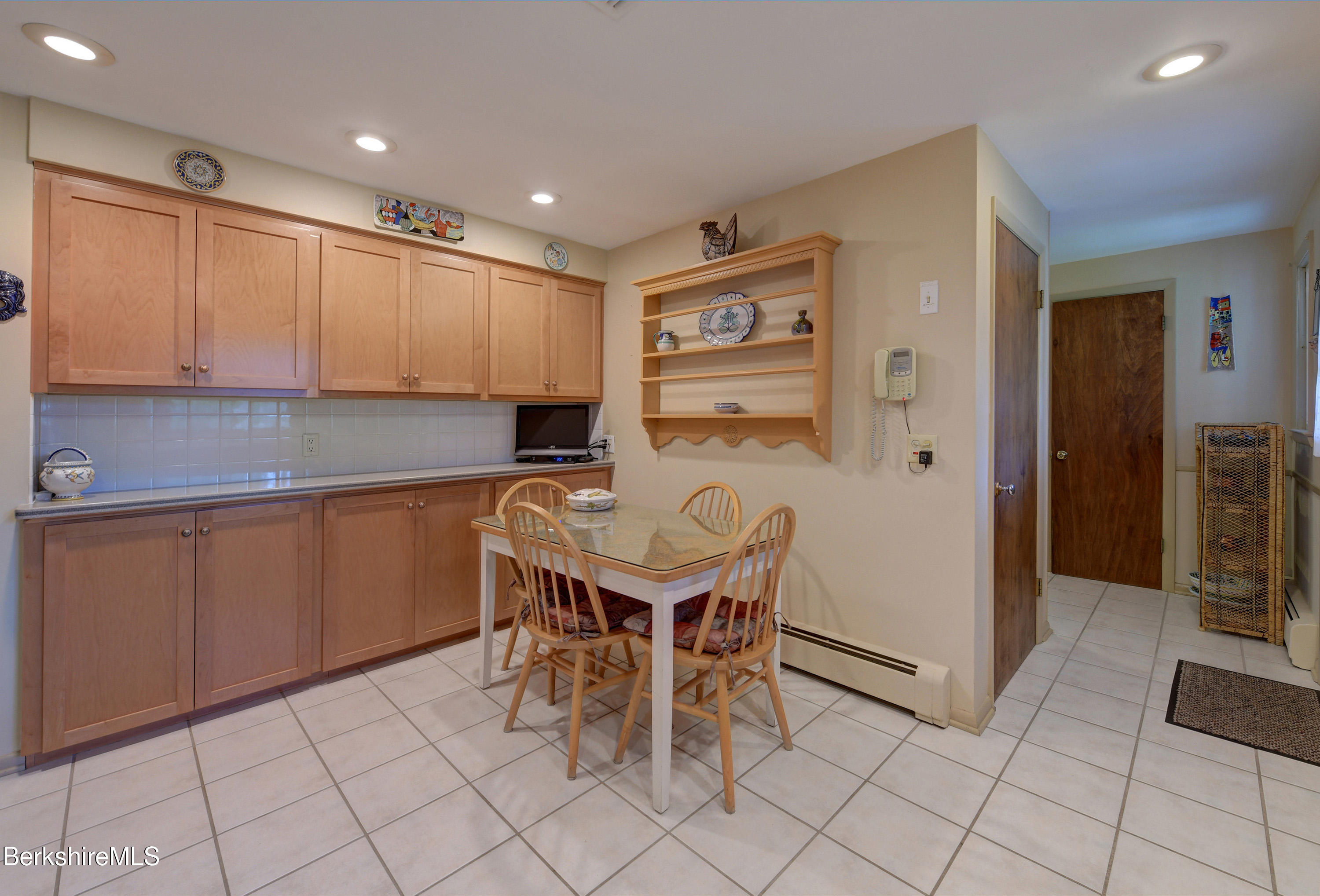 Property located at 50 Stonehenge Rd Pittsfield MA 01201 photo