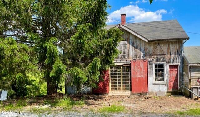 Property located at 25 Main St Sheffield MA 01257 photo