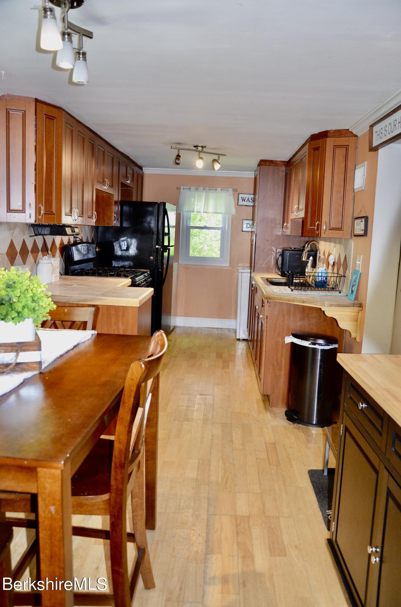 Property located at 63 Campbell Ave Castleton-on-Hudson NY 12033 photo