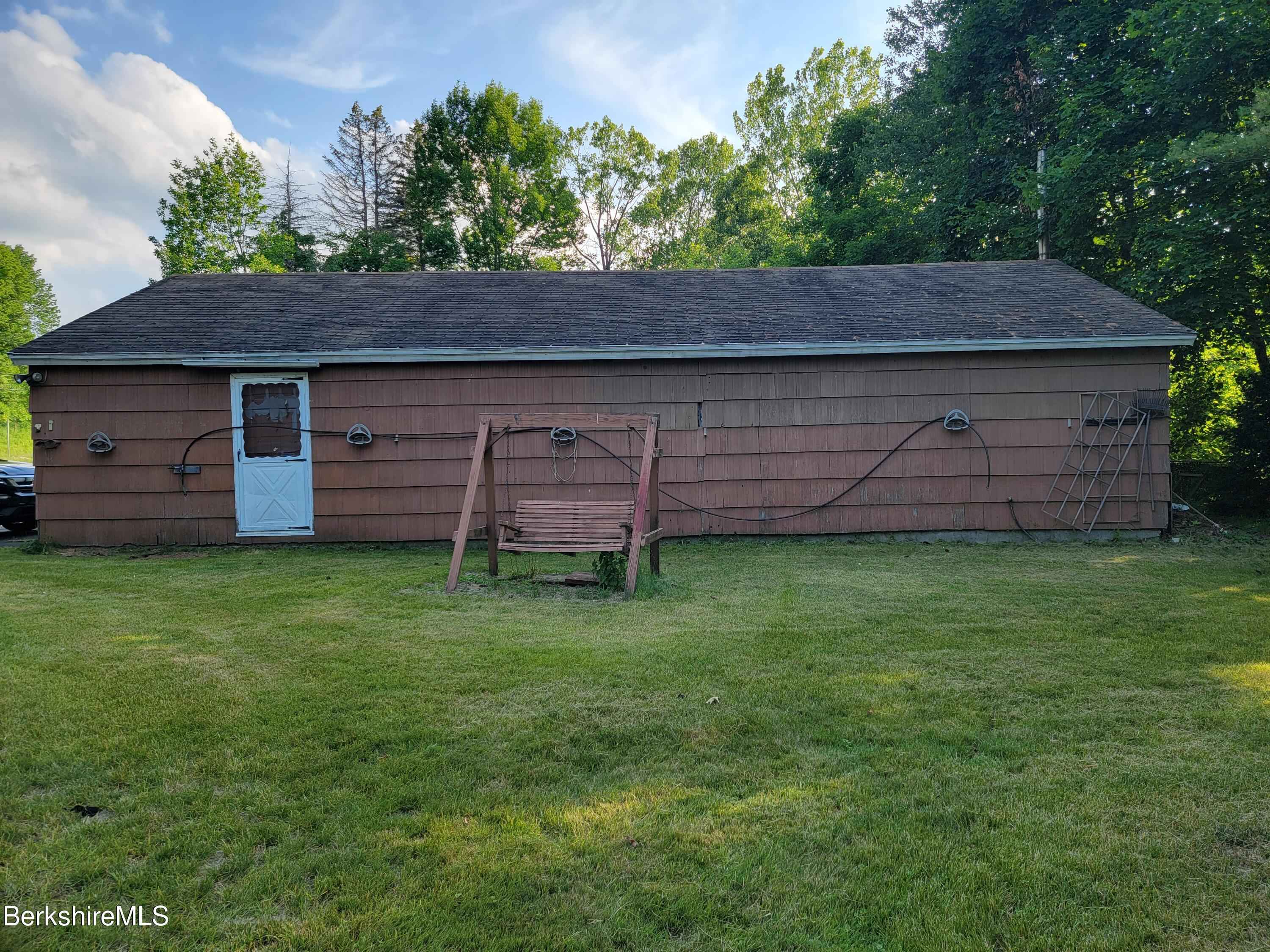 Property located at 1096 State Rd Cheshire MA 01225 photo