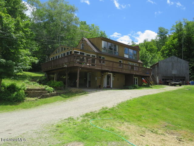 Property located at 252 Richmond Hill Rd Cheshire MA 01225 photo
