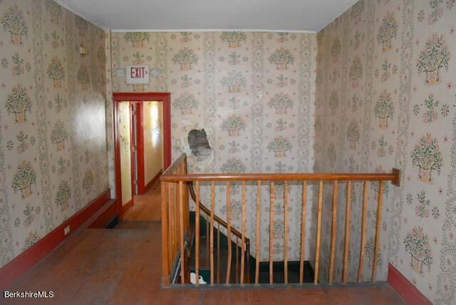 Property located at 823 North St  Pittsfield MA 01201 photo