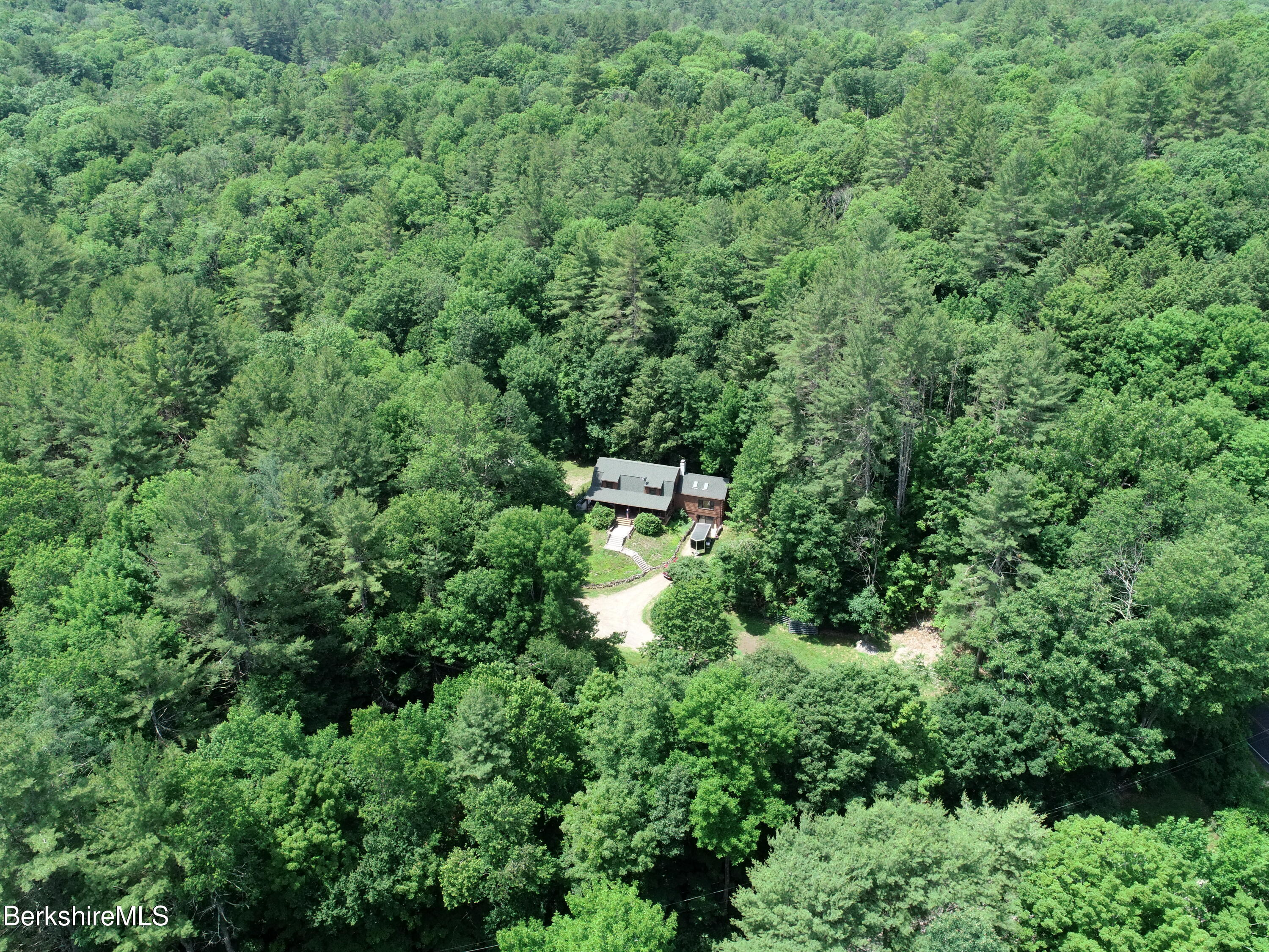 1 River Rd West Chesterfield MA 01085