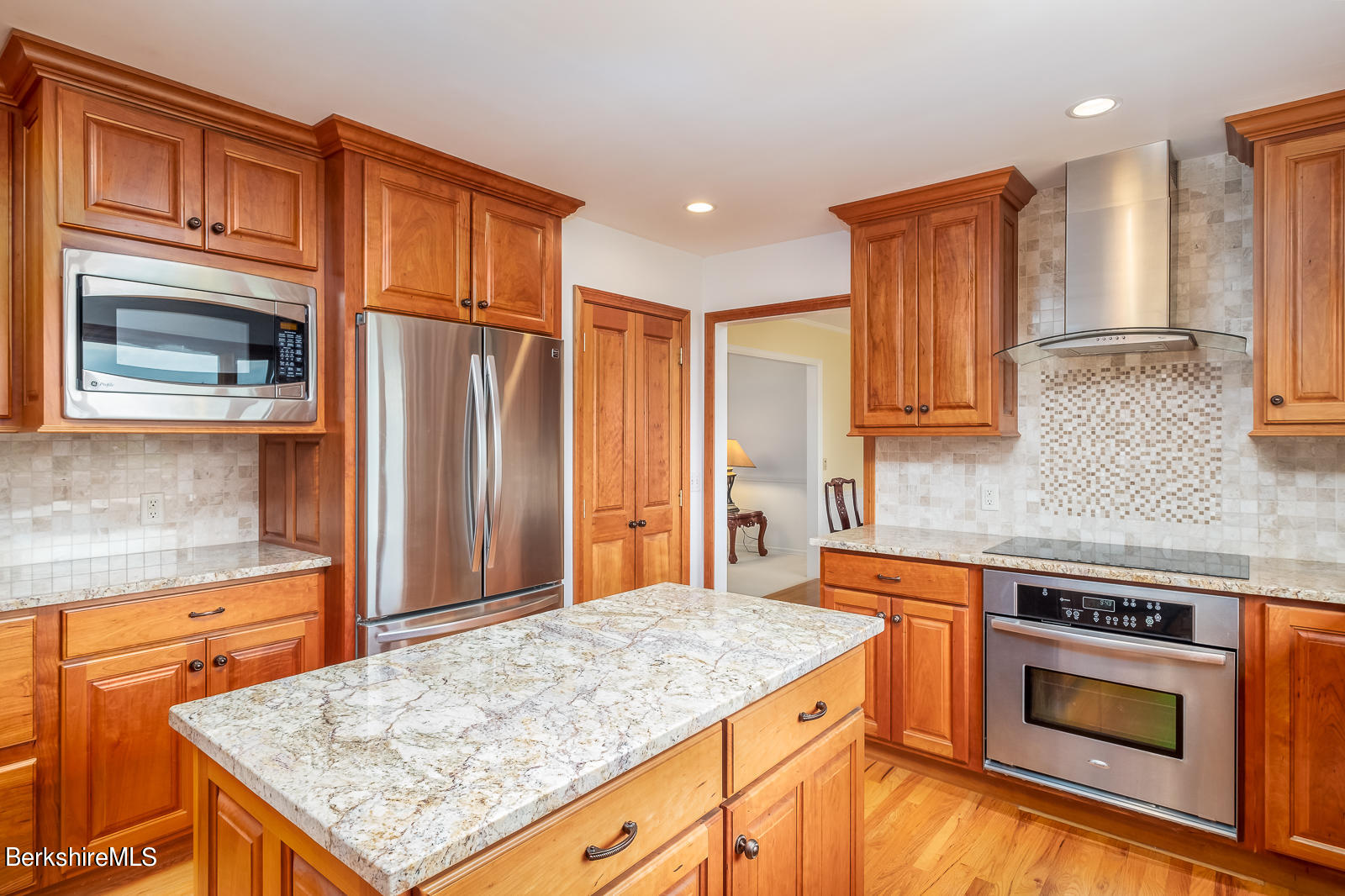 Property located at 140 Longview Ter Williamstown MA 01267 photo