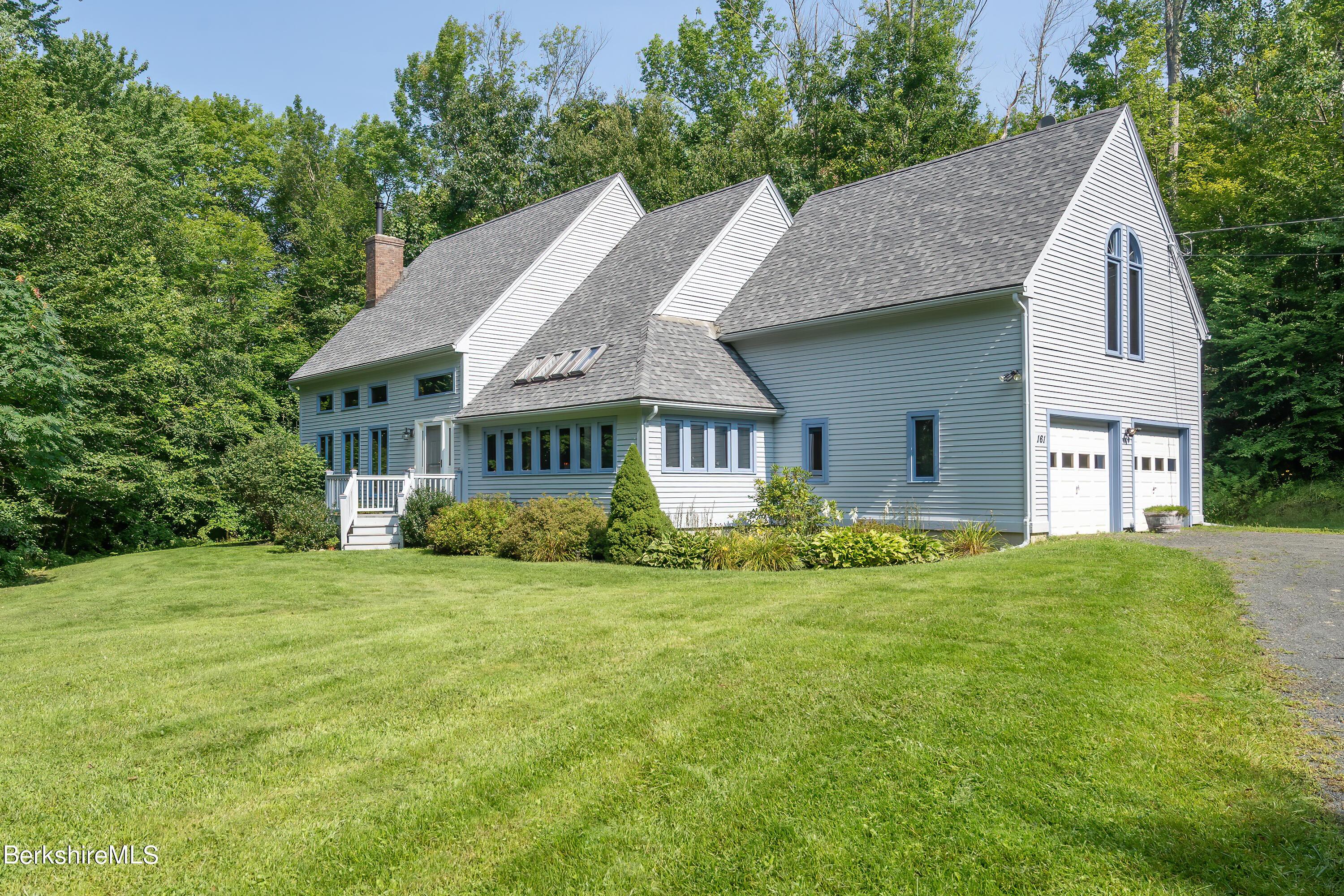 161 Capt Whitney Rd Becket MA 01223