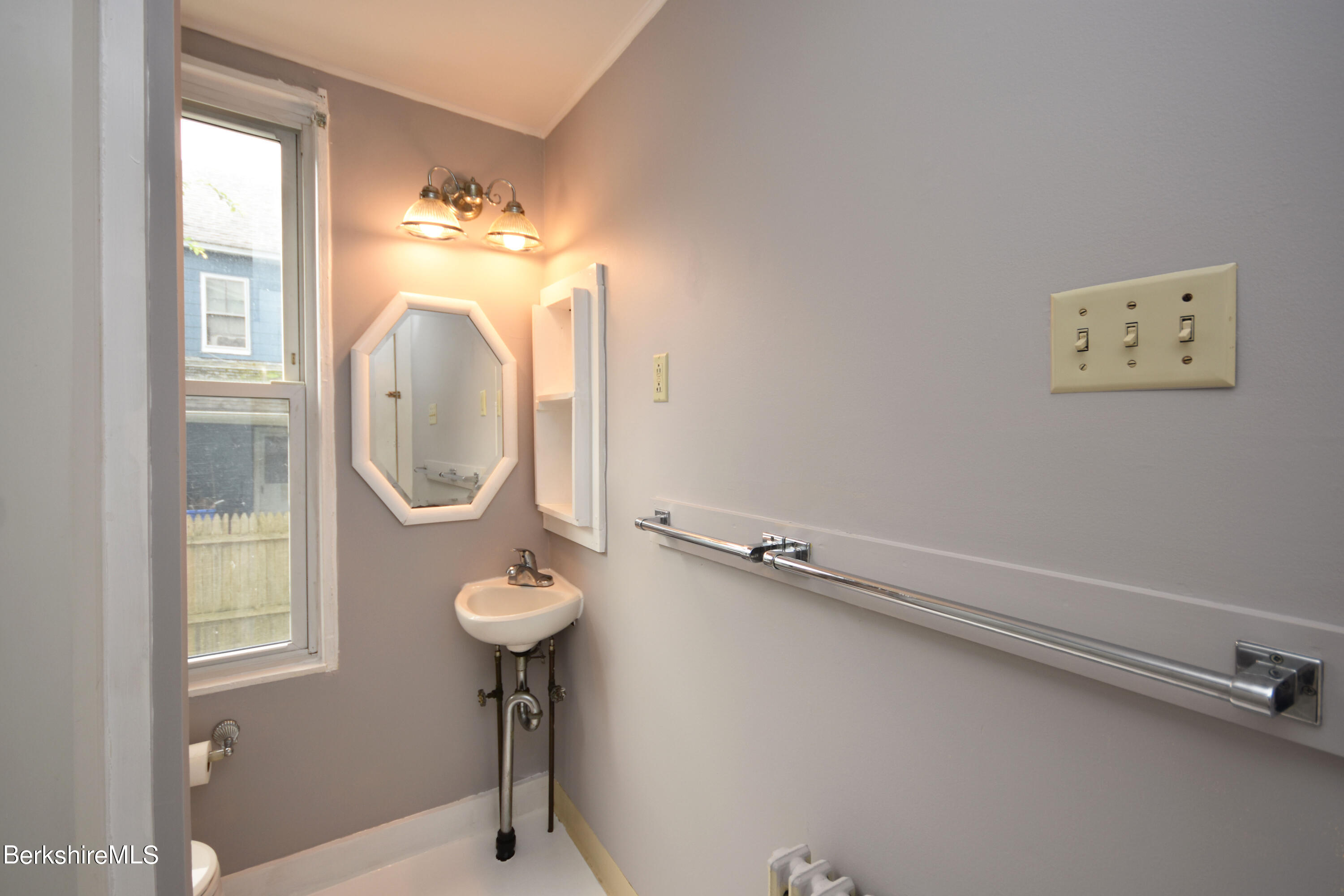 Property located at 28-30 Merriam St  Pittsfield MA 01201 photo