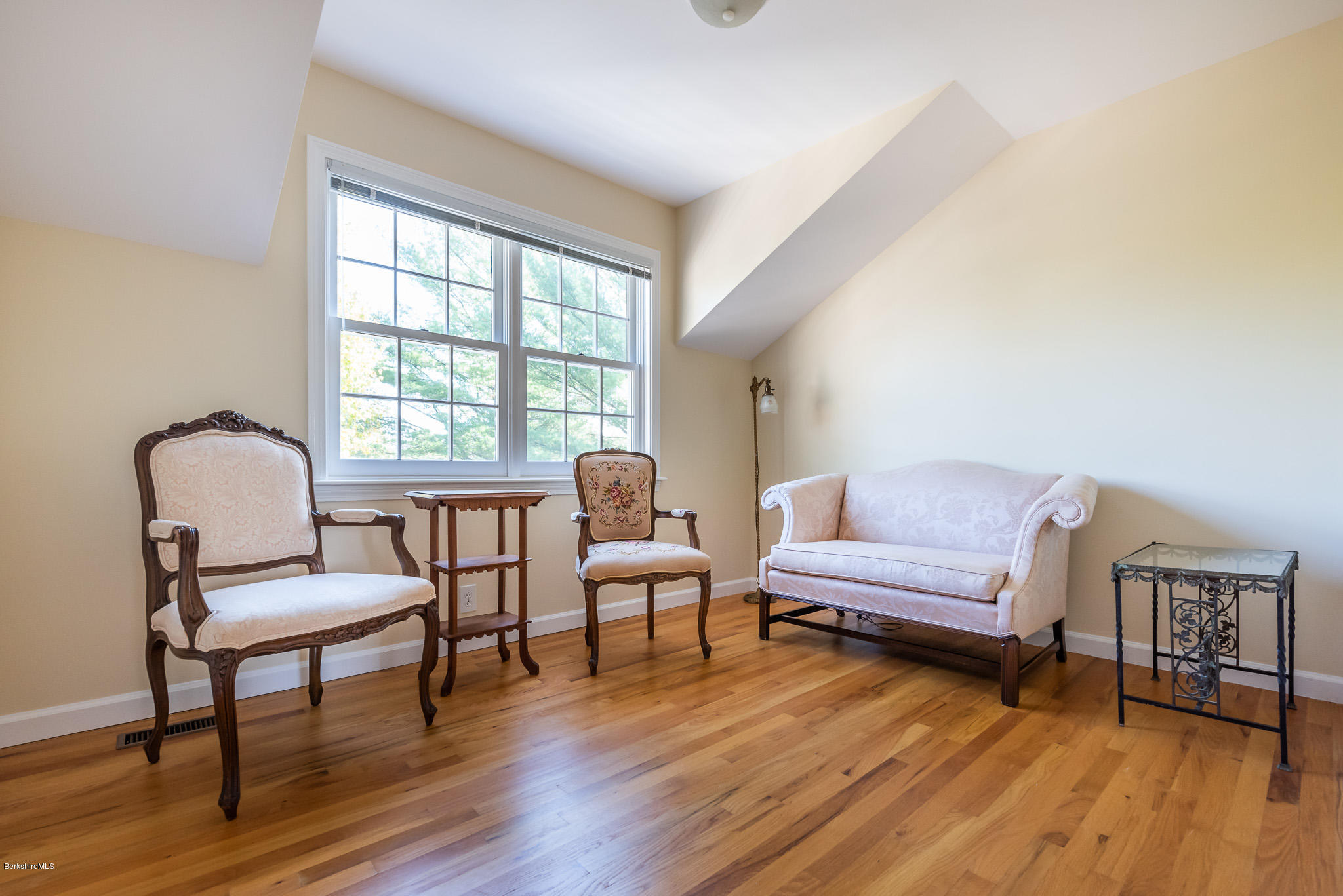 Property located at 1136 Barker Rd 28 Pittsfield MA 01201 photo