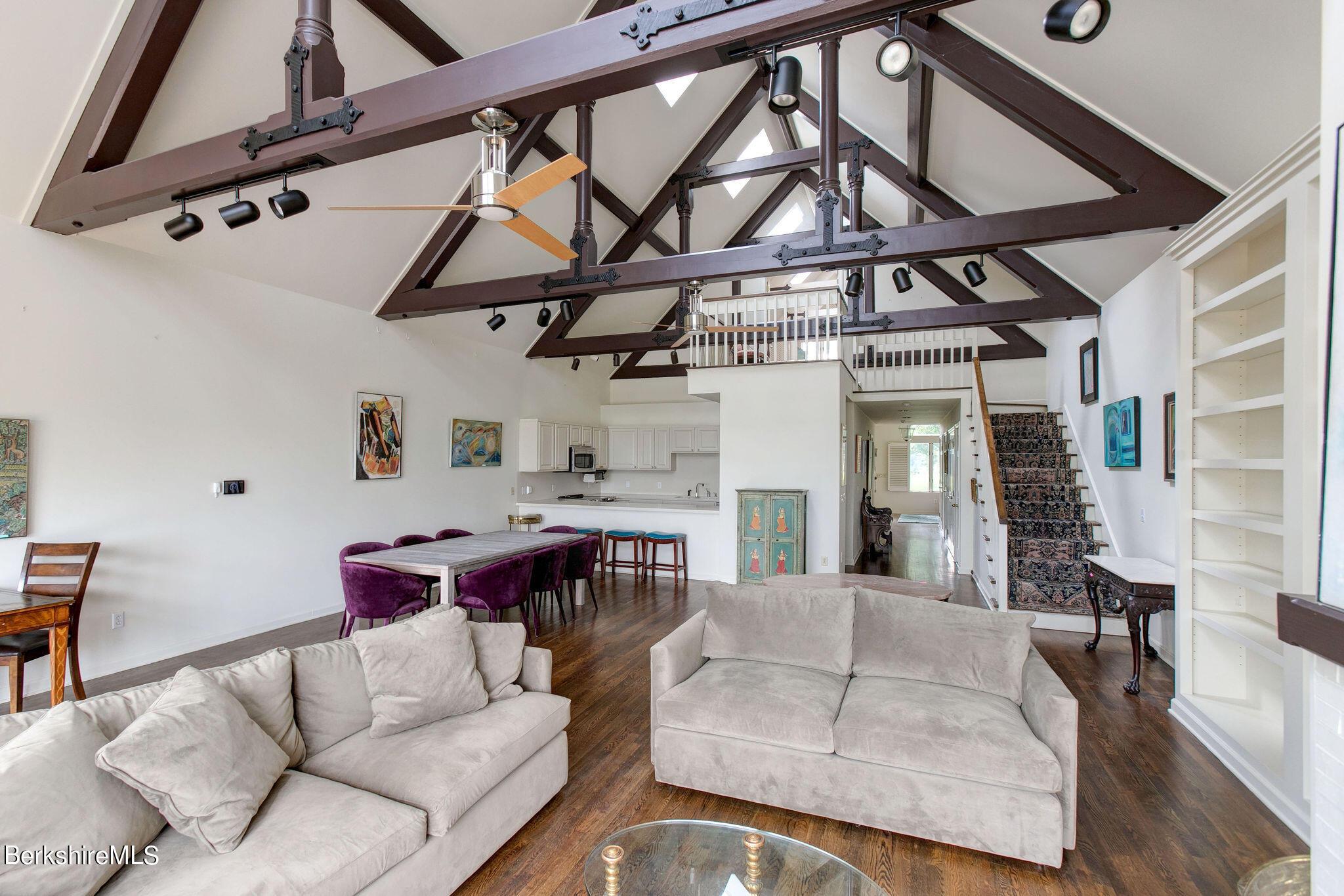 Property located at 176 Old Stockbridge Rd Chadsey 3 Stockbridge MA 01262 photo