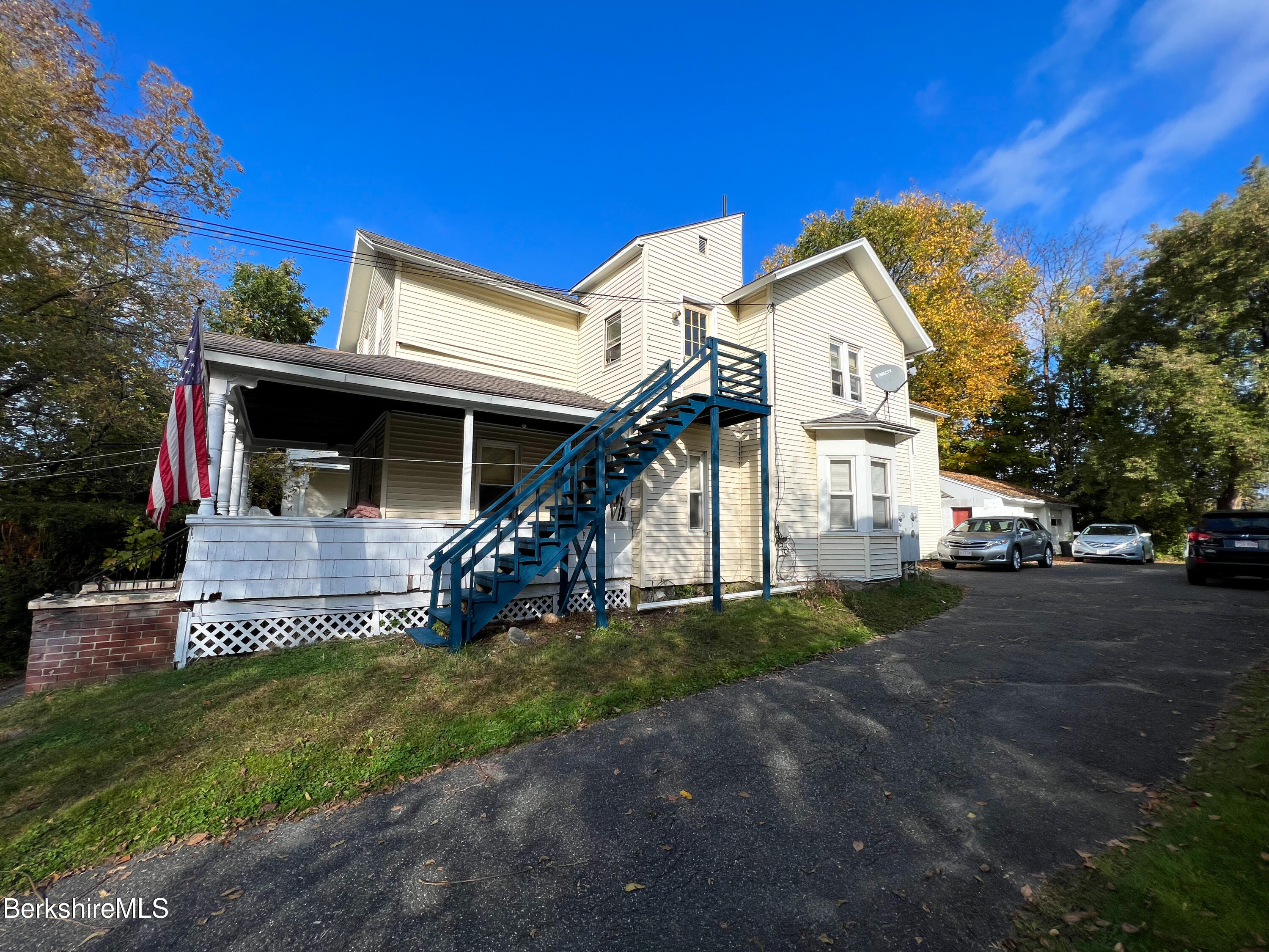 Property located at 39 Pomeroy Ave  Pittsfield MA 01201 photo