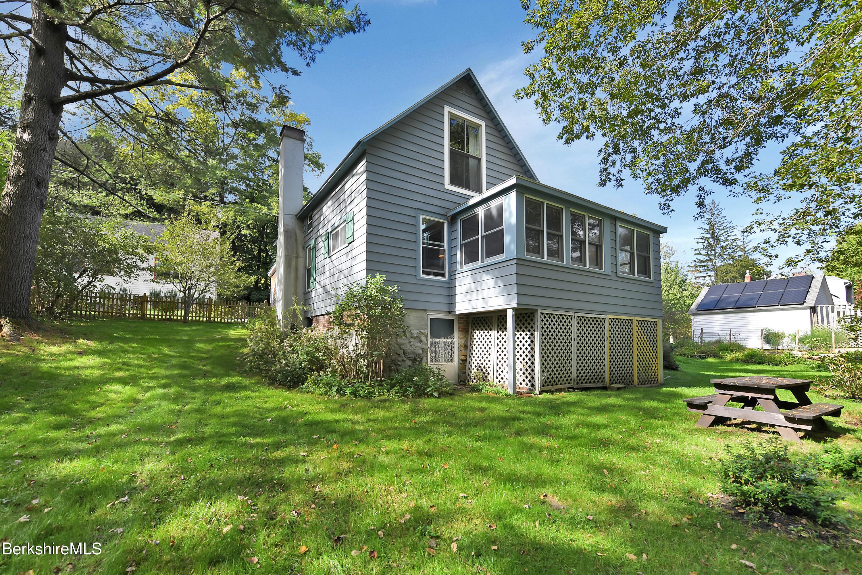 Property located at 20 McCauley Ln Williamstown MA 01267 photo