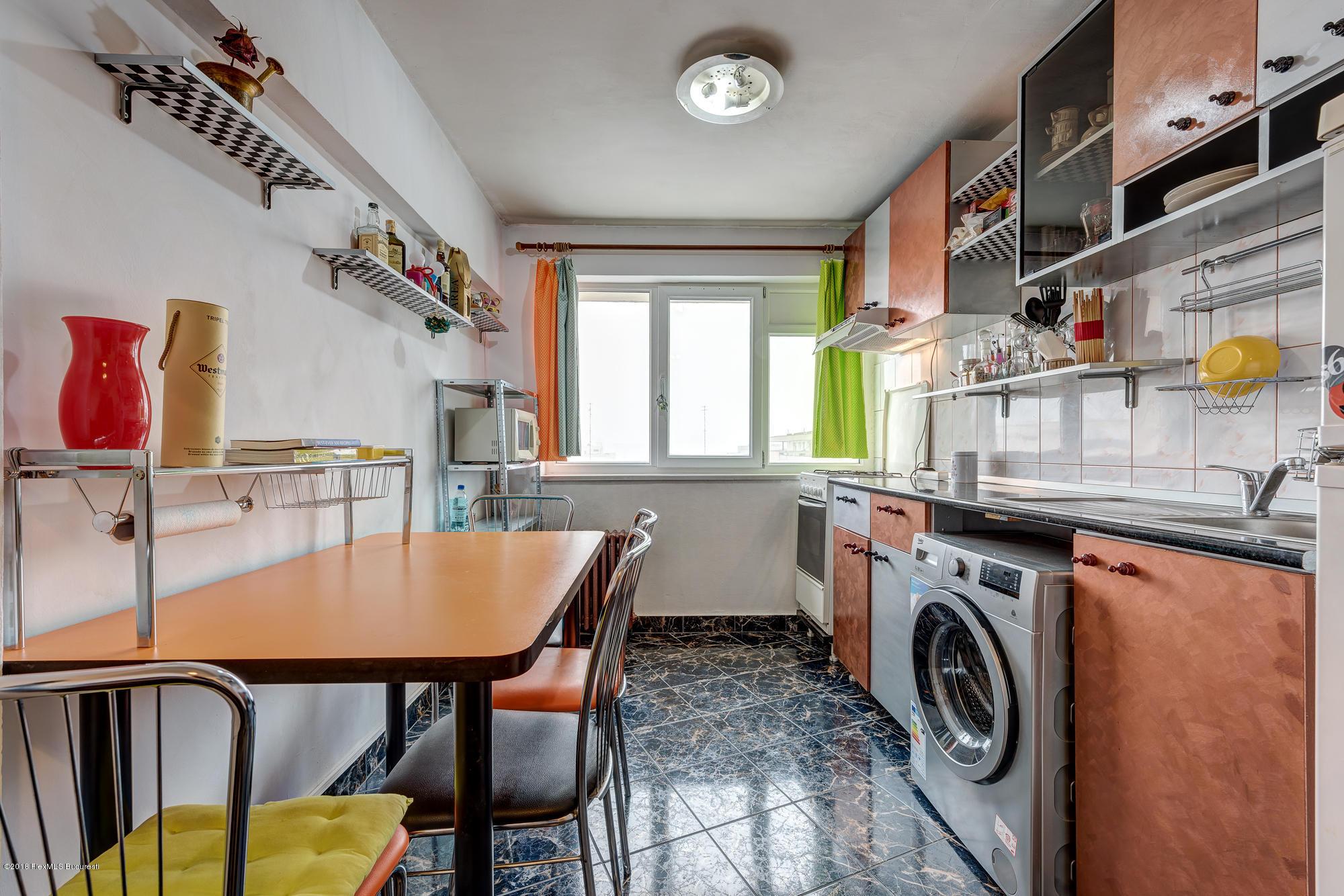 Vanzare Casa 290 m²