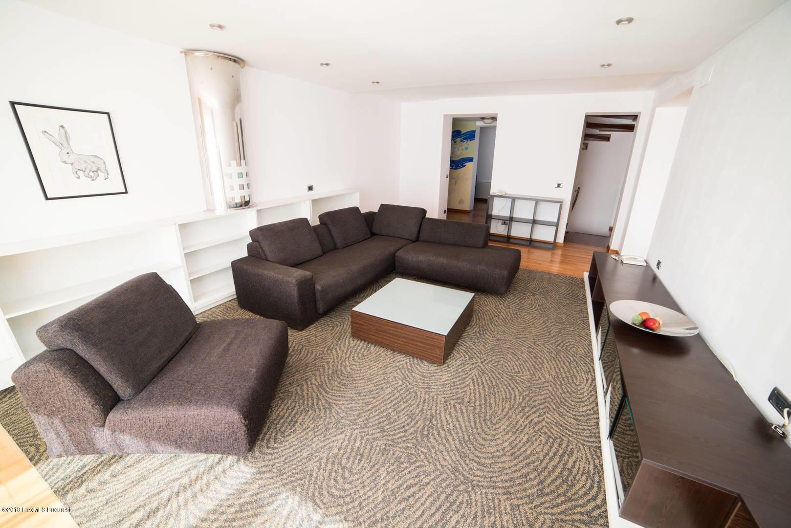Vanzare Casa 251 m²