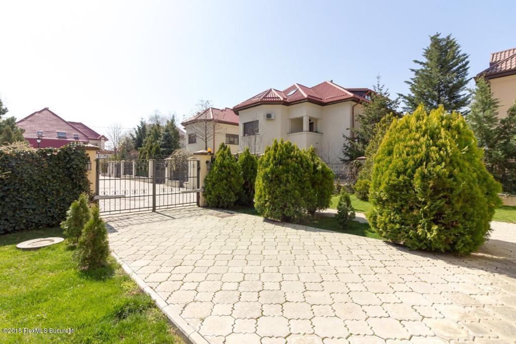 Vanzare Casa 420 m²