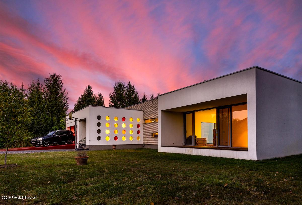 Vanzare Casa 572 m²