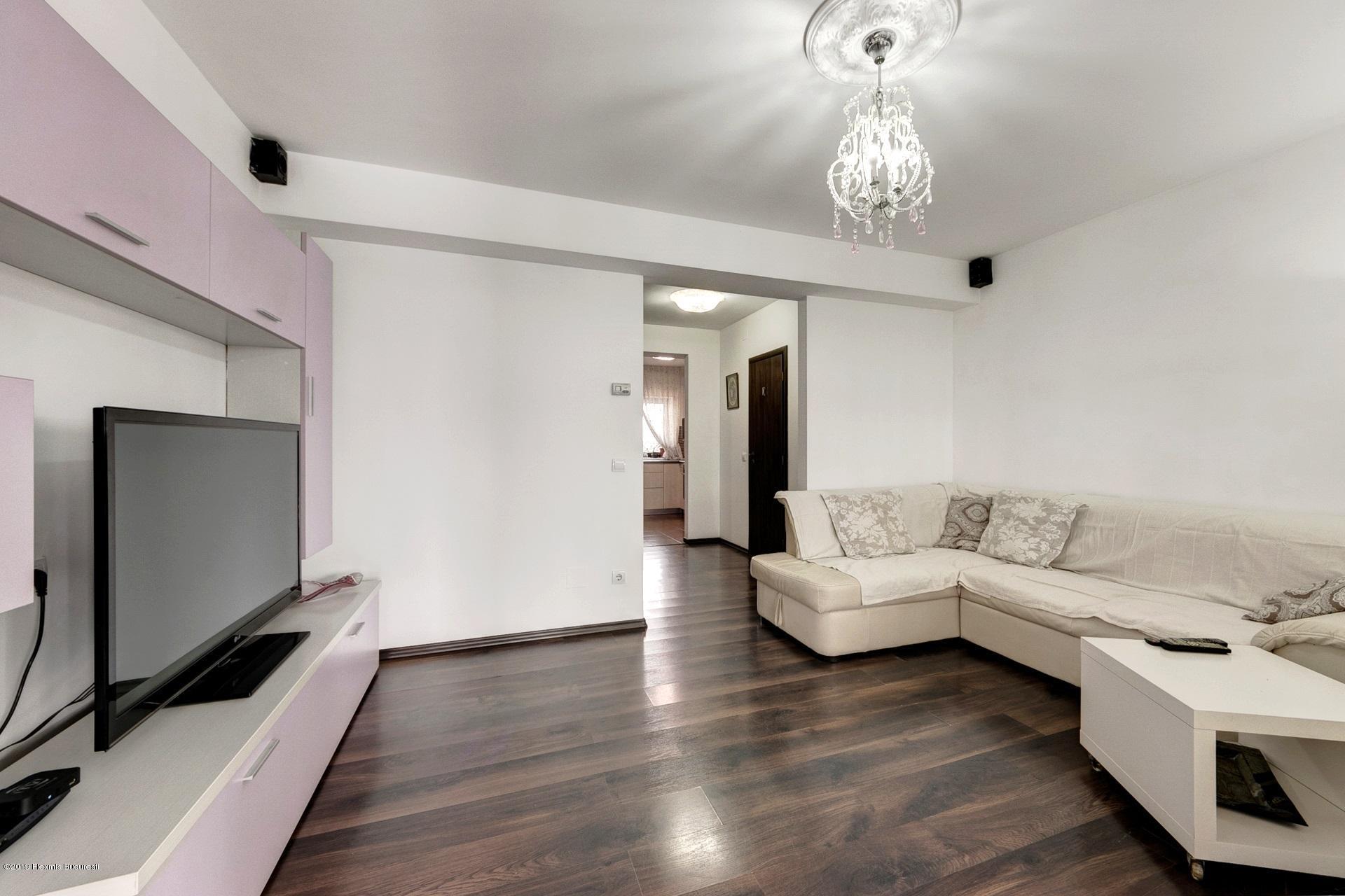 Vanzare Casa 74 m²